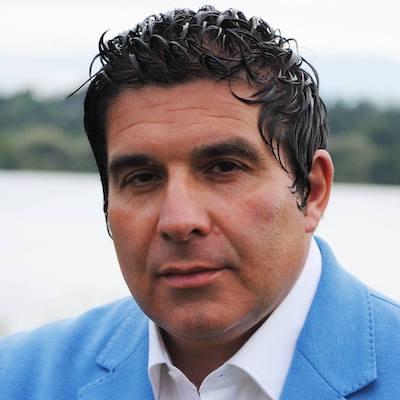 Il candidato sindaco Cristian Robustellini incontra gli abitanti di Cadrezzate con Osmate
