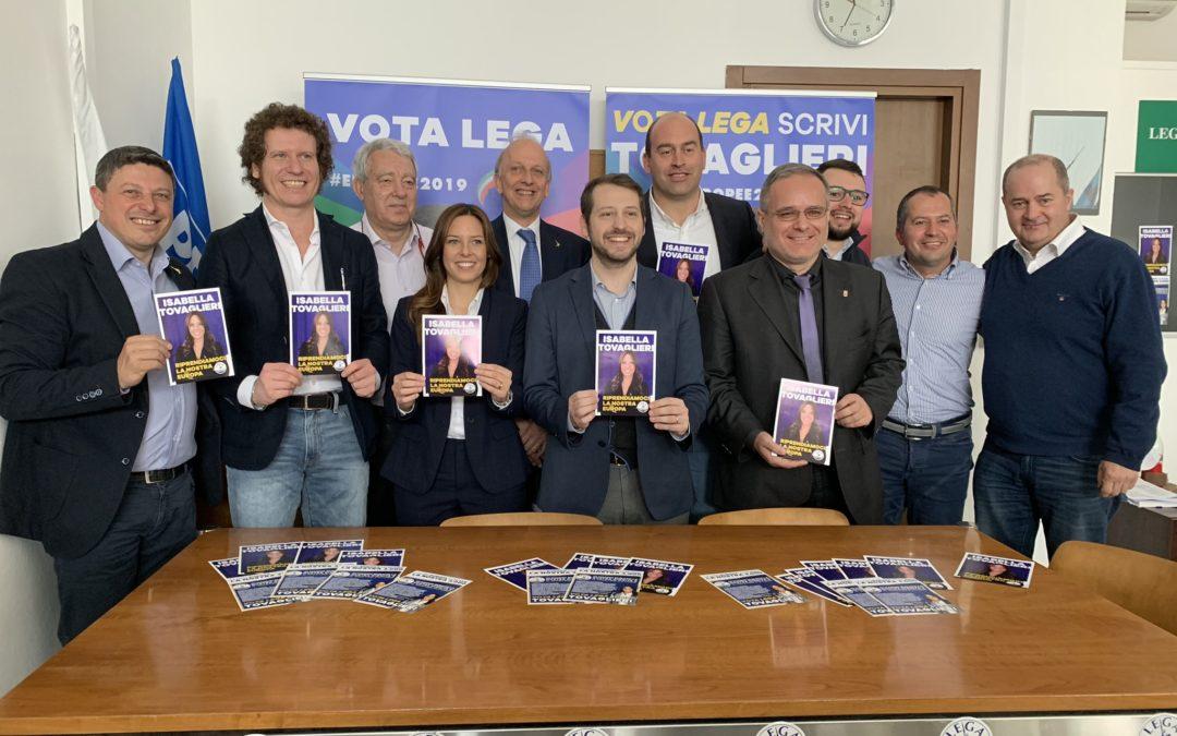 Mezzo governo a Busto per spingere Isabella Tovaglieri