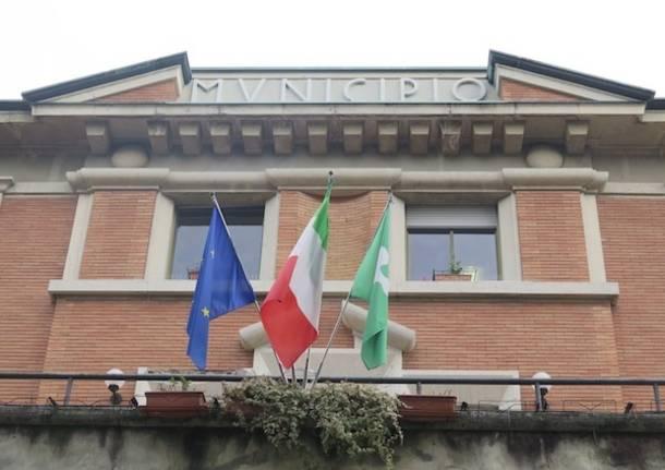 Alessandra Cariglino revoca l'incarico all'assessore Monti